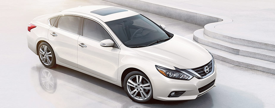 white 2018 nissan altima