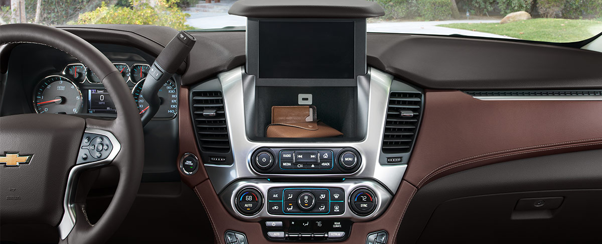 Tahoe Premier interior image featuring the available 8-inch diagonal color touch-screen
